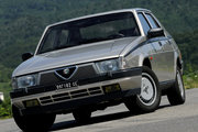 фото Alfa Romeo 75 седан 162B