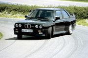 фото BMW 3 серия M купе E30