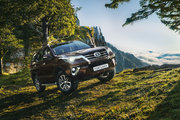 Toyota Fortuner,  2.7 бензиновый, механика, внедорожник
