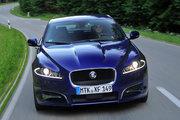Jaguar XF,  2.0 бензиновый, автомат, седан