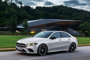 Mercedes-Benz A-Класс,  1.3 бензиновый, робот, седан