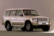 фото Mitsubishi Pajero Semi High Roof Wagon внедорожник 2 поколение