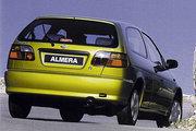 фото Nissan Almera хетчбэк N15