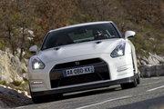 фото Nissan GT-R купе R35 рестайлинг