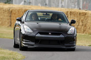 фото Nissan GT-R Spec V купе R35