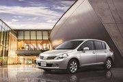 фото Nissan Latio хетчбэк C11 рестайлинг
