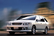 фото Nissan R'nessa