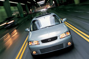 фото Nissan Sentra седан B15