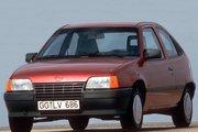 фото Opel Kadett хетчбэк E