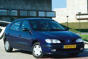 фото Renault Megane хетчбэк 1 поколение
