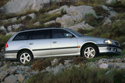 фото Toyota Avensis универсал 1 поколение