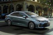 Toyota Corolla,  1.6 бензиновый, механика, седан