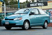 фото Toyota Echo купе 1 поколение