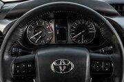 фото Toyota Hilux пикап 7 поколение рестайлинг