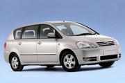 фото Toyota Ipsum минивэн 2 поколение