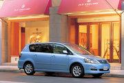 фото Toyota Ipsum