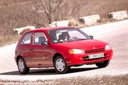 фото Toyota Starlet хетчбэк 90 Series