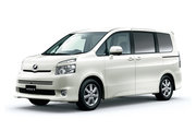 фото Toyota Voxy