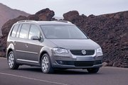 фото Volkswagen Touran минивэн 2 поколение